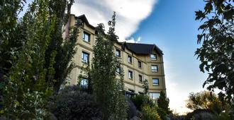 辉煌温德姆埃尔卡拉法特酒店 - 埃尔卡拉法特 - 建筑