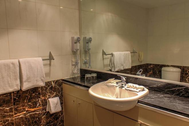 达令港四季酒店 - 悉尼 - 浴室
