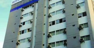 卡雷拉雷鸟酒店 - 利马 - 建筑