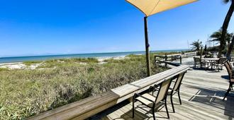 冲浪工作室海滩度假公寓式酒店 - 可可比奇 - 露台