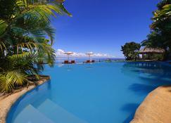 玛索安多山林小屋 - 布拉哈岛 - 游泳池