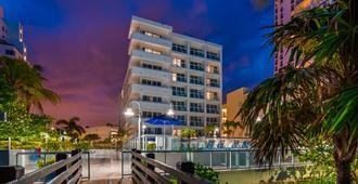 大西洋海滩贝斯特韦斯特优质度假酒店 - 迈阿密海滩 - 建筑