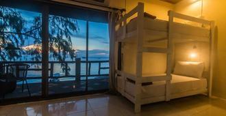 好时光海滩青年旅舍 - 仅供成人入住 - 龟岛