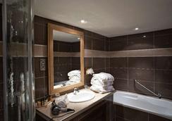 普罗旺斯地区艾克斯马斯艾特蒙酒店 - 普罗旺斯艾克斯 - 浴室