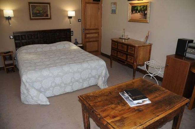 普罗旺斯地区艾克斯马斯艾特蒙酒店 - 普罗旺斯艾克斯 - 睡房