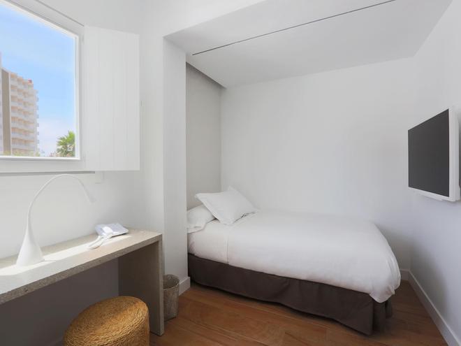 HM巴兰古艾拉海滩酒店-仅限成人 - 马略卡岛帕尔马 - 睡房