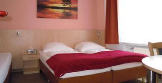 杜塞尔多夫中心酒店 - 杜塞尔多夫 - 睡房