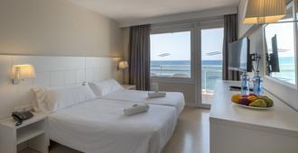 洛萨马尔马克西姆酒店 - 仅供成人入住 - 罗列特海岸 - 睡房