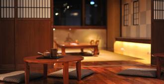 考山东京武士胶囊旅馆 - 东京