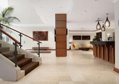麦夸里港莱吉斯酒店 - 麦夸里港 - 大厅
