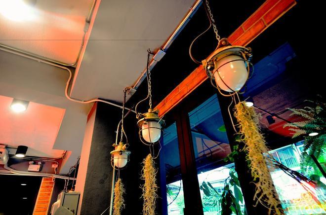 霍特邻里咖啡旅馆 - 曼谷 - 客房设施