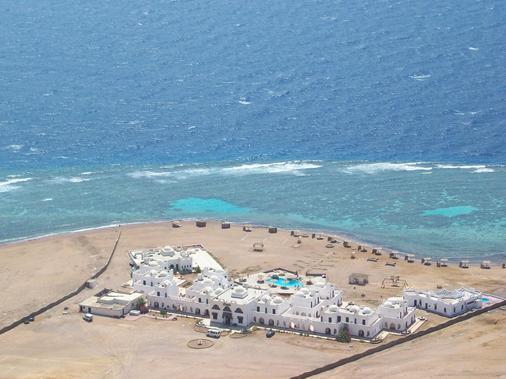 达哈卜丹妮拉潜水度假酒店 - 达哈布 - 海滩
