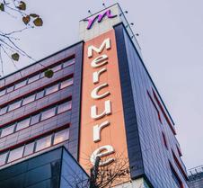 基辅国会美居酒店
