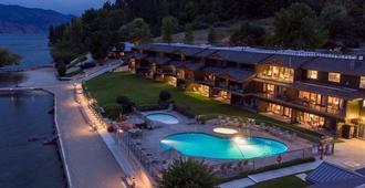 卡萨洛马湖滨度假村 - 基洛纳 - 游泳池