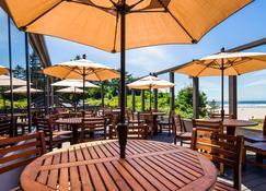 贝斯特韦斯特普拉斯阿盖特海滩旅馆 - 纽波特(俄勒冈州) - 餐馆
