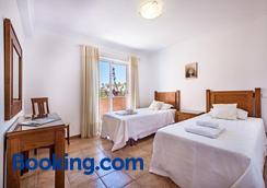 达梅亚法普拉亚花园酒店 - 拉戈斯 - 睡房