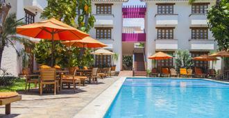 布兰卡瓦图尔科别墅酒店 - 圣玛利亚华都尔科