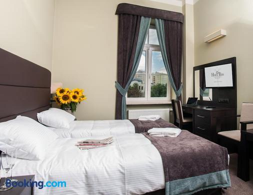 宜兰酒店 - 卢布林 - 睡房
