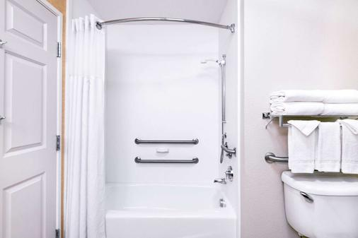 丹佛国际机场贝蒙特旅馆套房酒店 - 丹佛 - 浴室