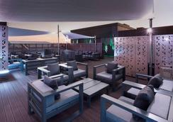 马德里中心诺富特酒店 - 马德里 - 露天屋顶
