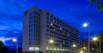 瓦拉多利巴拉格nh酒店 - 巴利亚多利德