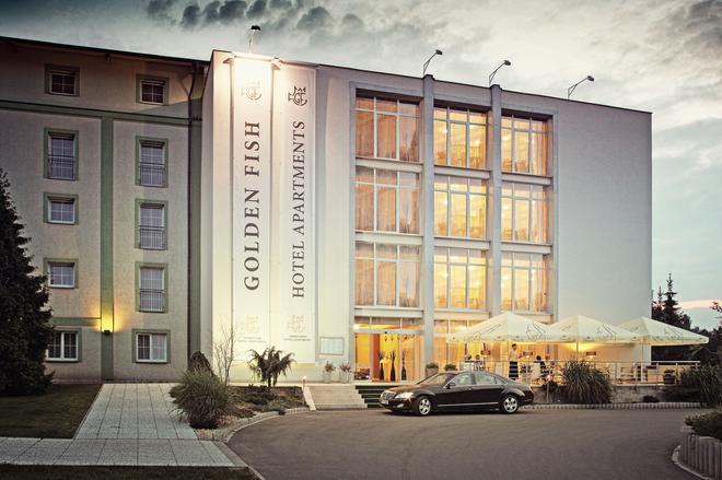 黄金鱼酒店公寓 - 比尔森 - 建筑