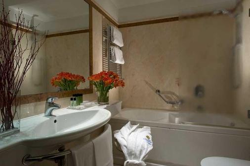 德波哥尼酒店 - 罗马 - 浴室