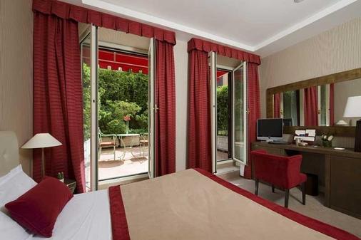 德波哥尼酒店 - 罗马 - 睡房
