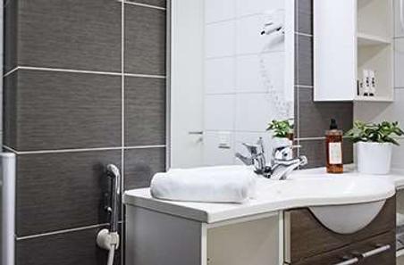 兰塔普斯托酒店 - 赫尔辛基 - 浴室