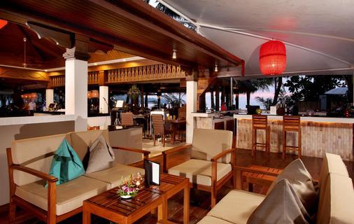 卡马拉海滩度假村酒店 - 卡玛拉 - 酒吧
