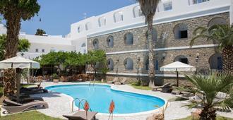 加利诺斯酒店 - 帕罗奇亚 - 游泳池