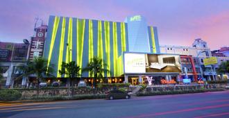 卡拉巴加丁维兹鼎盛酒店 - 北雅加达 - 建筑