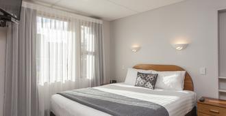 阿姆罗斯汽车旅馆 - 但尼丁 - 睡房