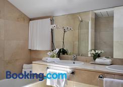 普拉多套房酒店 - 马德里 - 浴室