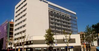 巴塞罗那波布雷诺旅游宾馆 - 巴塞罗那 - 建筑