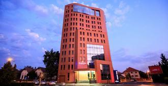 锡比乌阿娜塔金色郁金香酒店 - 锡比乌