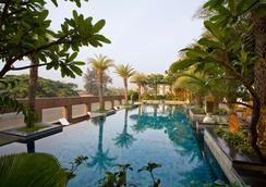 班加罗尔中心mg路凯悦酒店 - 班加罗尔 - 游泳池