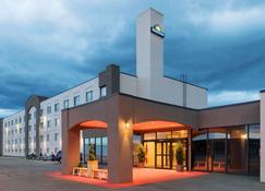 克兰布鲁克戴斯酒店 - 克兰布鲁克 - 建筑