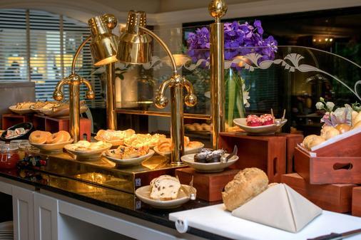 苏阁索酒店 - 曼谷 - 自助餐