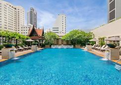 苏阁索酒店 - 曼谷 - 游泳池