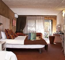 非洲岩水疗酒店