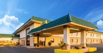 萨利纳品质套房酒店 - 萨莱纳
