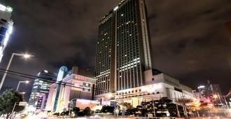 釜山乐天酒店 - 釜山 - 建筑