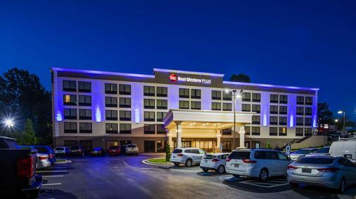 哈尼斯购物中心贝斯特韦斯特普勒斯酒店 - 温斯顿-赛伦 - 建筑