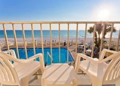 巴拿马市海滩海滨汽车旅馆 - 巴拿马城海滩 - 游泳池
