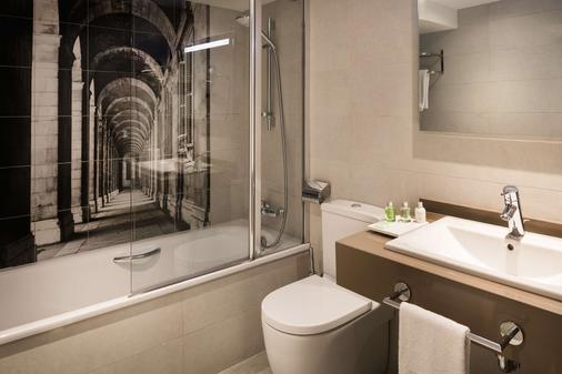 Nh马德里组尔巴诺酒店 - 马德里 - 浴室