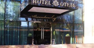 亚历山德斯基酒店 - 敖德萨