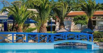 菲里莫斯村酒店 - Ialysos