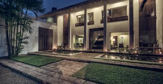 洛奇湖酒店 - 科伦坡 - 建筑