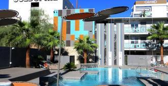金钉赌场酒店 - 拉斯维加斯 - 建筑
